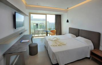 Luxury Inland View Room (5th Floor)