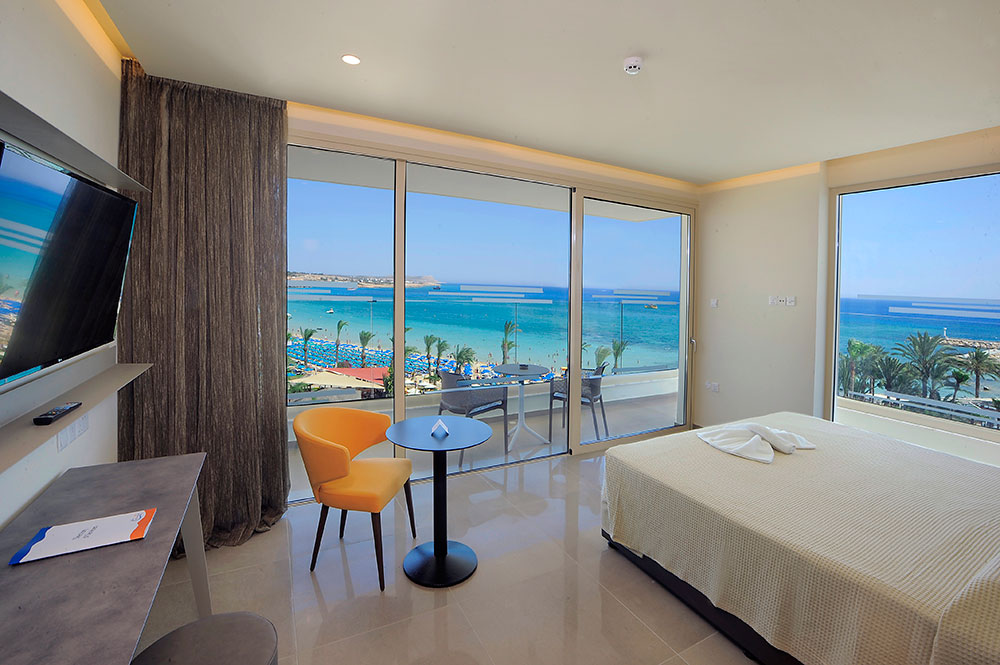 Luxury Sea View Suite