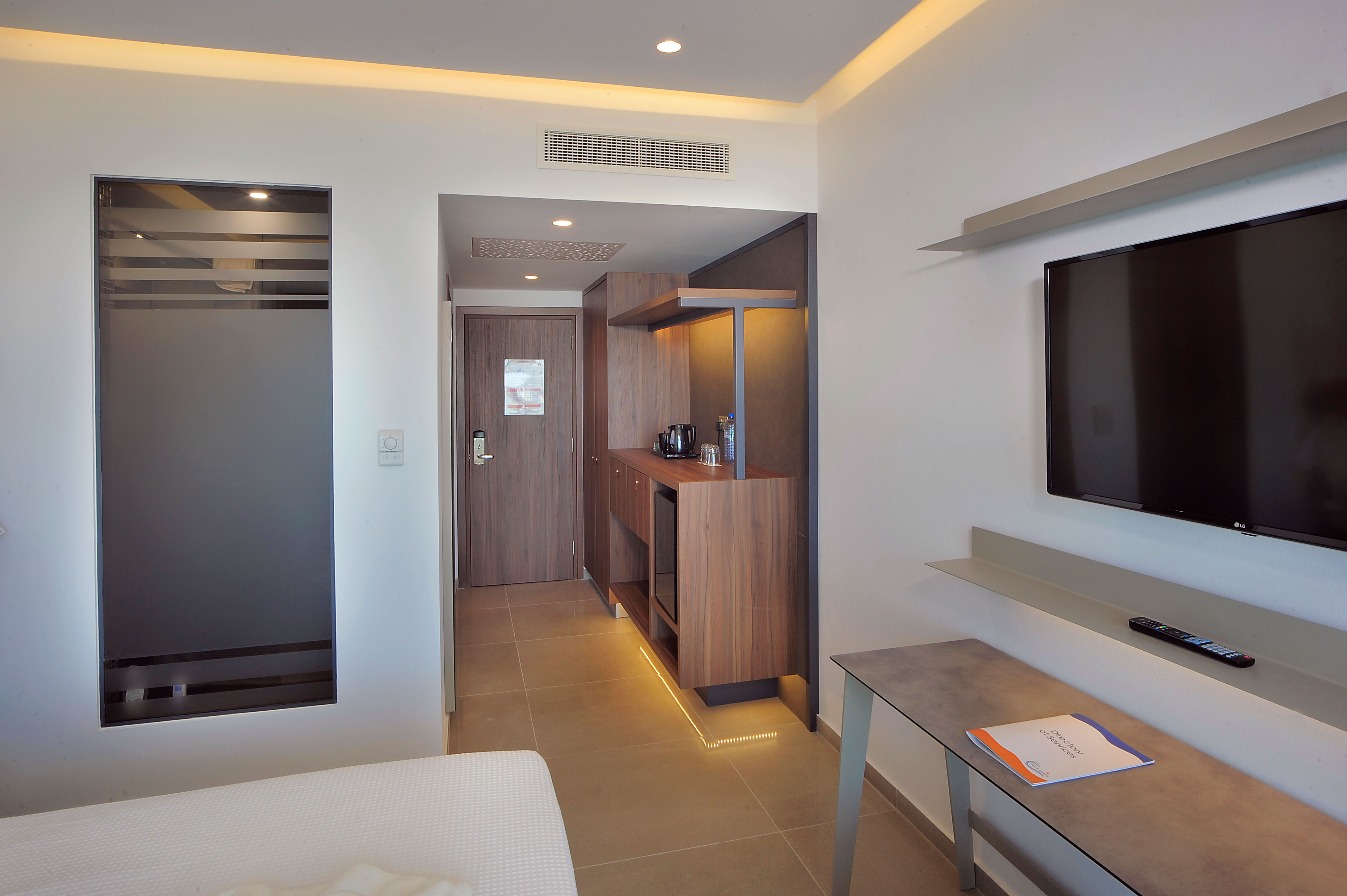 Luxury Sea View Room (5th Floor)