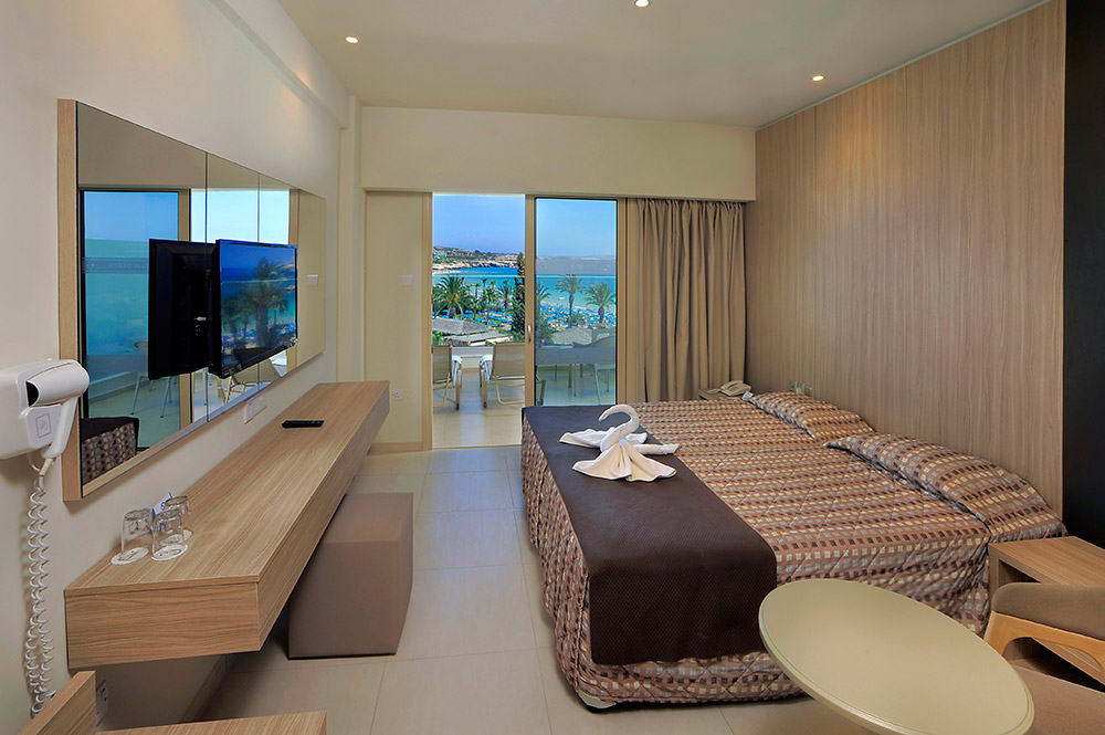 Standard Sea View room with superior balcony